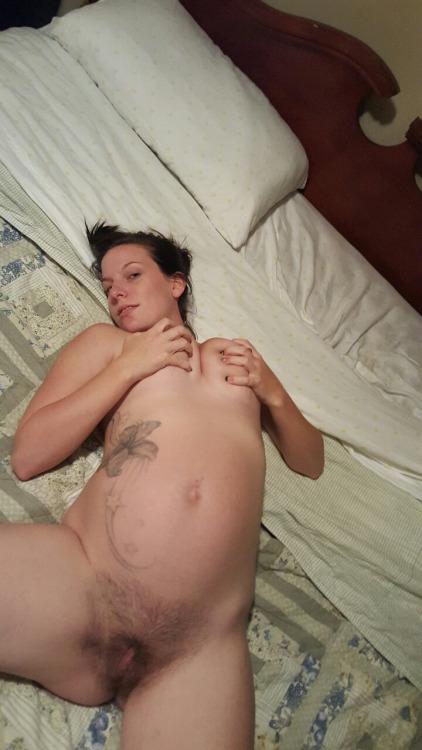 ma femme montre son cul chaton pute