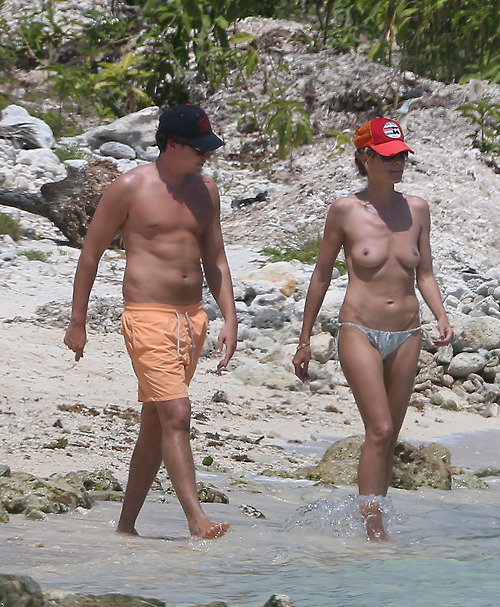 Image 2: La suite des photos topless d Heidi Klum