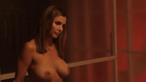 Image 3: Charisma Carpenter nue