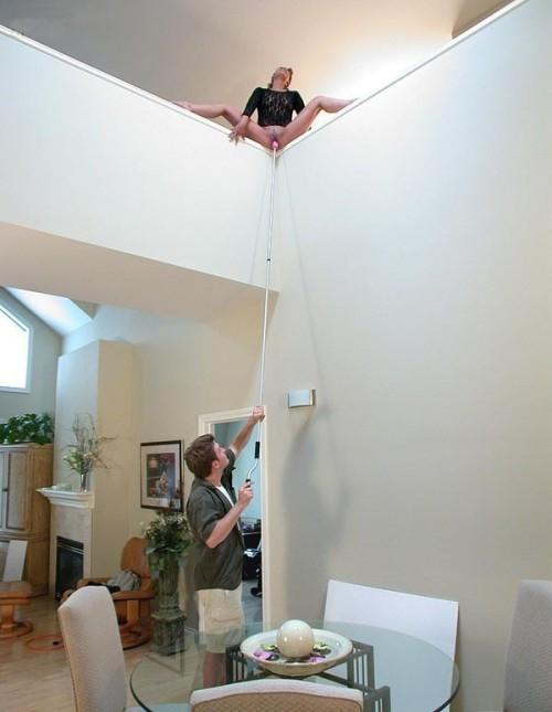 Image 1: Astuce originale et drole pour goder sa femme quand on a une grande maison
