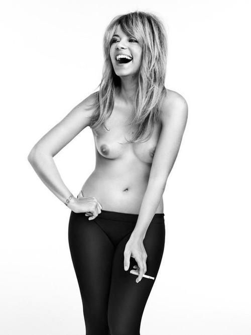 Image 4: Les seins de Lily Allen me font bander