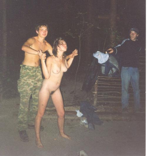 Image 1: Soiree sexe Quand 3 gamins chauds boivent de l acool