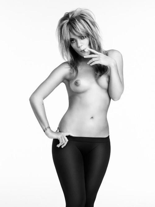 Image 5: Les seins de Lily Allen me font bander