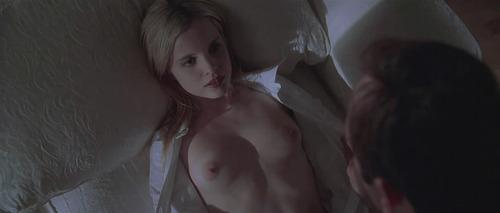 Image 3: Shannon Elizabeth Tara Reid et Mena Suvari nues