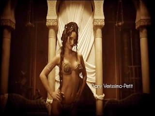 Image 1: Anne Charrier nue dans les scenes sexe de Maison Close