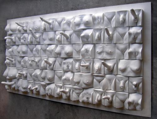 Image 1: Une oeuvre d art tres coquine