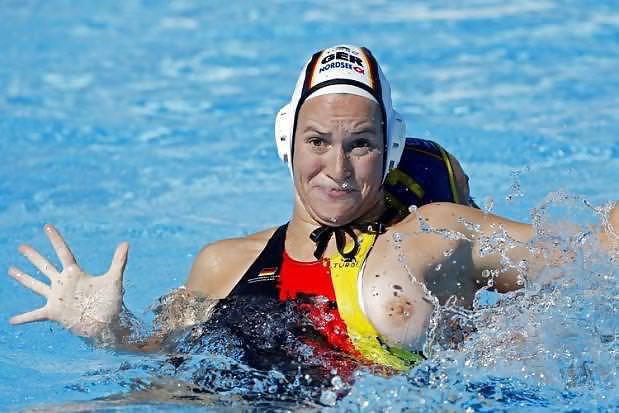 Image 5: Les 8 meilleurs photos de oops sexe a la piscine