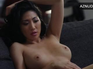 Image 1: Scene de sexe avec Sheena Sakai nue dans la serie Power