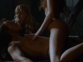 Compilation des meilleures scènes de sexe dans Game Of Thrones Saison 3
