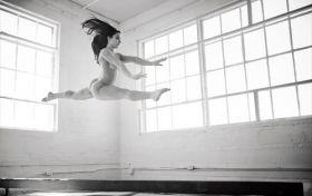 Aly Raisman (championne olympique de gymnastique) fait des photos nue