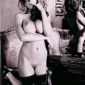 Les gros seins de Diora Baird