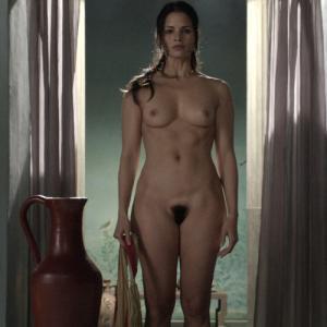 Katrina Law complétement nue dans S...