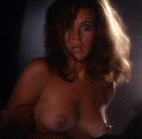 Stefanie Powers nue