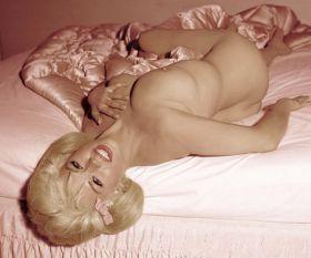 Jayne Mansfield nue
