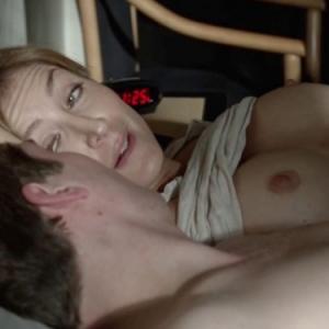 Les gros seins de Sasha Alexander d...