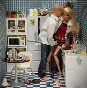 Barbie et Ken en acteurs porno